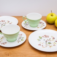 Because You Asked: What's Better, Melamine Or Disposable Dishware?