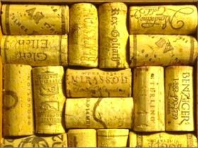 8 Ways to Reuse Wine Corks