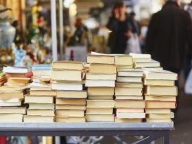 The List: 5 Waste-Reducing Ideas for Bookworms